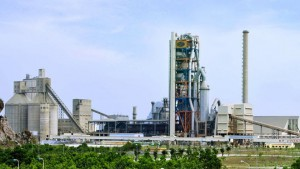 Nhà máy xi măng Quảng Ninh